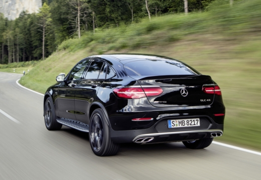 Mercedes-Benz AMG GLC Coupe 43 4Matic 9G-TRONIC (2016-2016) Heck + links
