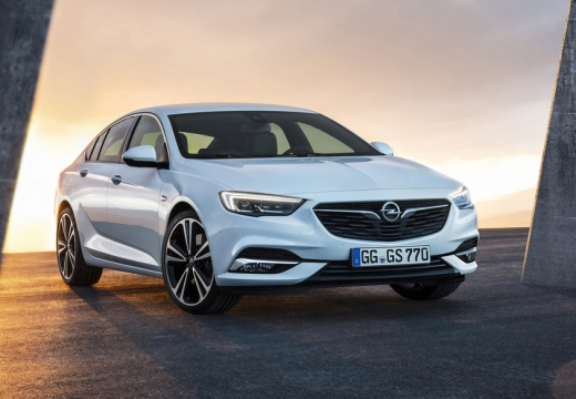 Opel Insignia Grand Sport 1.5 Direct InjectionTurbo (seit 2017) Front + rechts