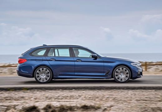 BMW 530i Touring Aut. (seit 2017) Seite rechts