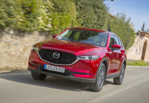Mazda CX-5 SKYACTIV-G 160 AWD (seit 2017) Front + links