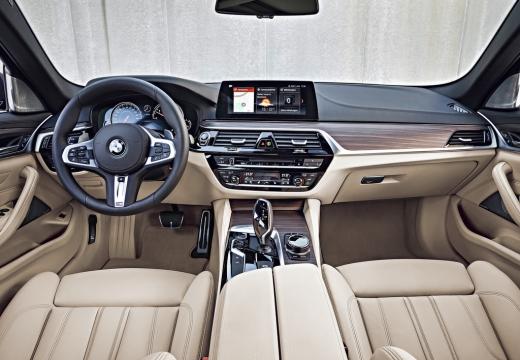 BMW 530i Touring Aut. (seit 2017) Armaturenbrett