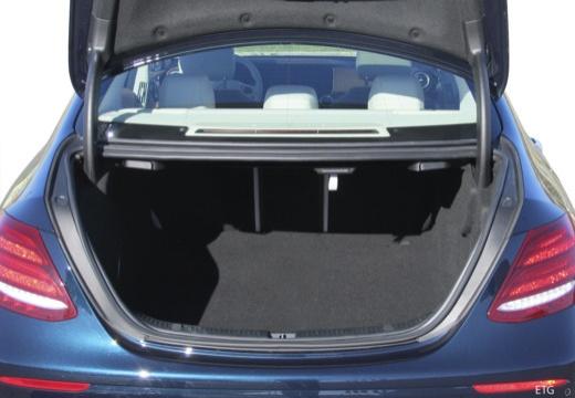Mercedes-Benz E 220 d 4Matic 9G-TRONIC (seit 2016) Laderaum