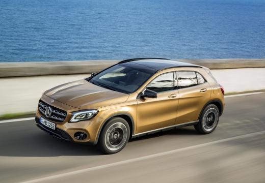 Mercedes-Benz GLA 180 (seit 2017) Seite links