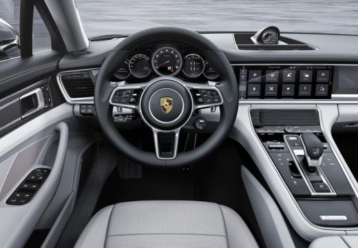 Porsche Panamera 4 Sport Turismo (2017-2017) Armaturenbrett