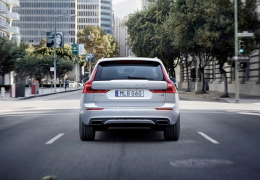 Volvo XC60 T5 AWD Geartronic (seit 2017) Heck