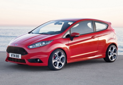 Ford Fiesta 1.6 EcoBoost (seit 2013) Front + links